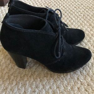 Giani Bernini black suede shoes